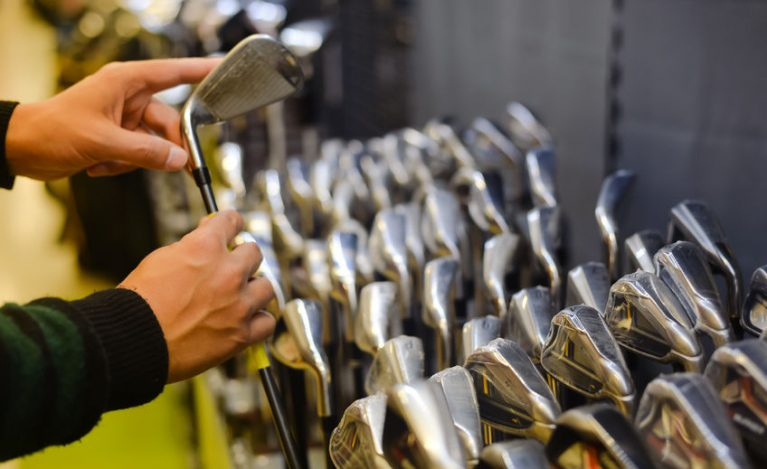 How to choose a golf iron