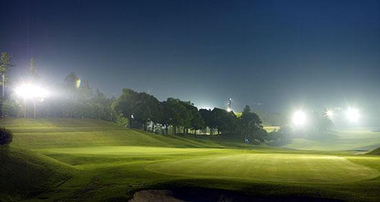 Night game golf