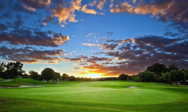Dusk golf